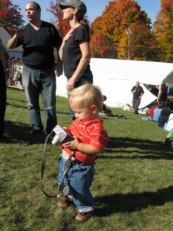 You are browsing images from the article: Ashfiled Fall Festival 2008